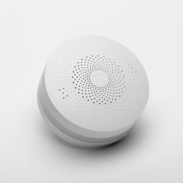 thiet-bi-trung-tam-smart-home-a8685-600×600